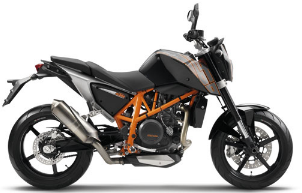 KTM 690 Duke  Review and Images