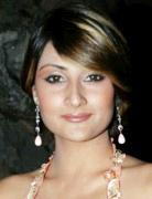 Urvashi Dholakia Profile, Images and Wallpapers