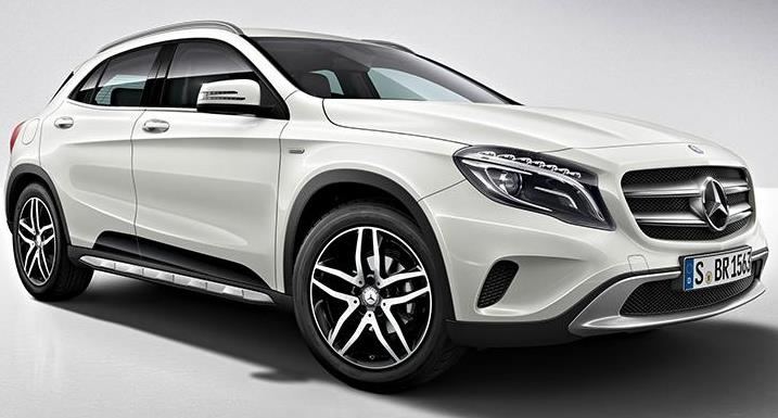 mercedes gla 220d 4matic diesel price specs review pics mileage in india. Black Bedroom Furniture Sets. Home Design Ideas